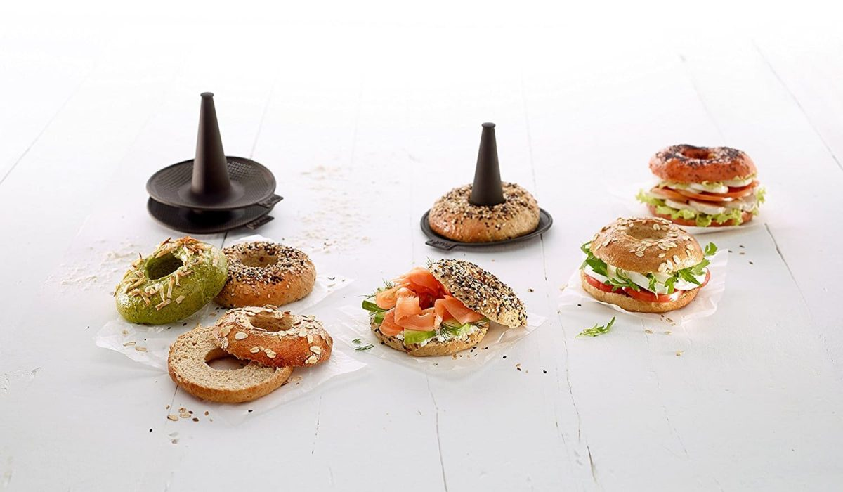 3207-lekue-bagel-maker-with-6-silicone-bagel-molds